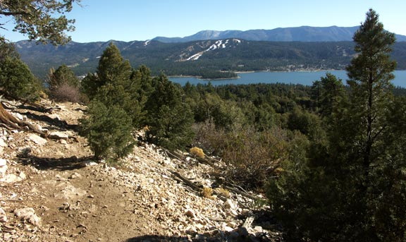 The Cougar Crest trail with Big Bear Lake in the background.